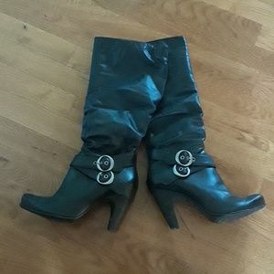 Steve Madden tall rouched boots size 6 & 1/2